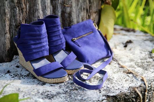 Обувь ручной работы. Ярмарка Мастеров - ручная работа. Купить Туфли на танкетке из натуральной замши. Handmade. Васильковый, босоножки из кожи