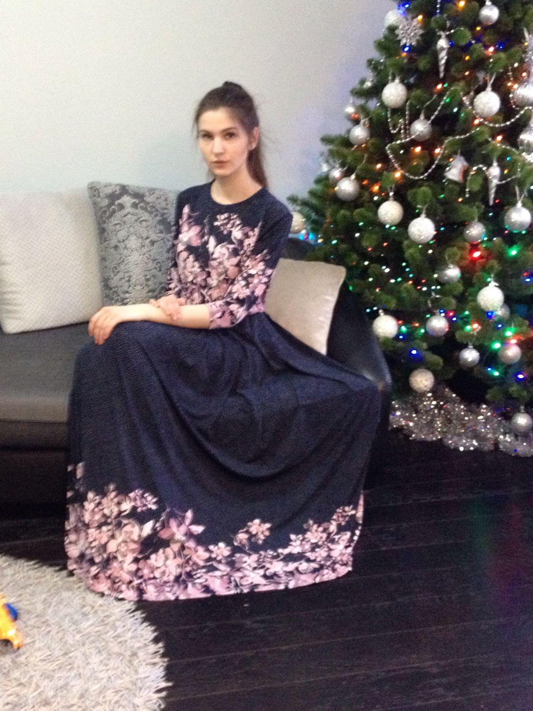 Трикотажные платья из ткани купон