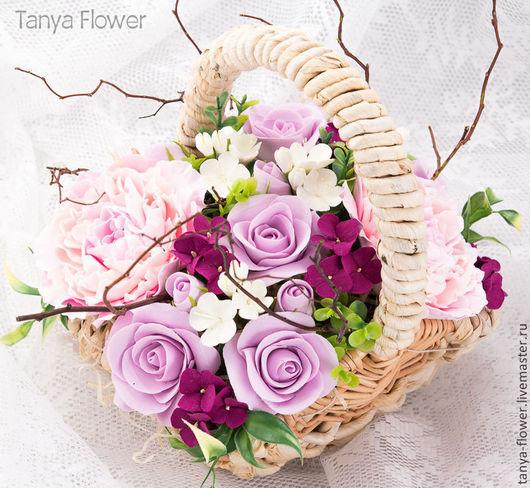 Цветы ручной работы. Ярмарка Мастеров - ручная работа. Купить Букет цветов в плетеной корзинке. Handmade. Цветы, интерьерная композиция