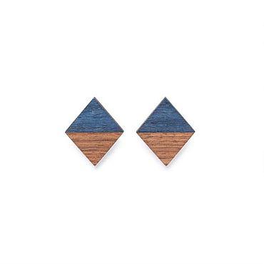 Украшения ручной работы. Ярмарка Мастеров - ручная работа Серьги - гвоздики, комбинированные, орех и синий кото. Handmade.