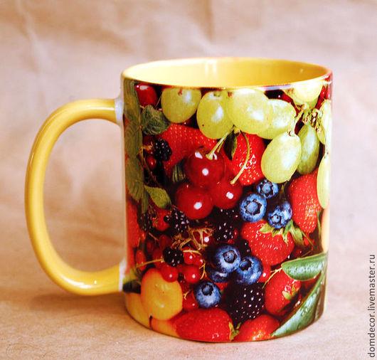 """Кружки и чашки ручной работы. Ярмарка Мастеров - ручная работа. Купить Чашка """"Мультифрукт"""". Handmade. Желтый, фрукты, чашка, малина"""