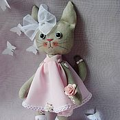 Мягкие игрушки ручной работы. Ярмарка Мастеров - ручная работа Кошка Розочка. Handmade.