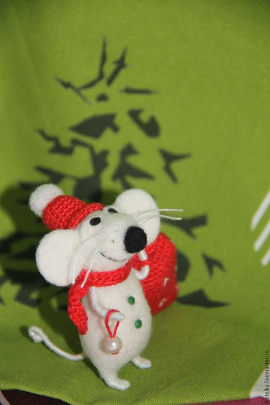 Персональные подарки ручной работы. Ярмарка Мастеров - ручная работа. Купить Мышонок новогодний (по мотивам Elena Covert) белый. Handmade.