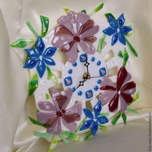 Часы для дома ручной работы. Ярмарка Мастеров - ручная работа. Купить В цветах Фьюзинг. Handmade. Розовый, часы