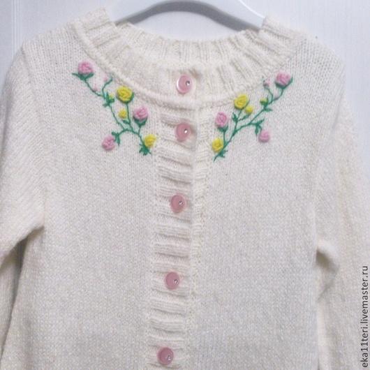 Одежда для девочек, ручной работы. Ярмарка Мастеров - ручная работа. Купить Комбинезон с вышивкой. Handmade. Белый, вышивка, беби альпака