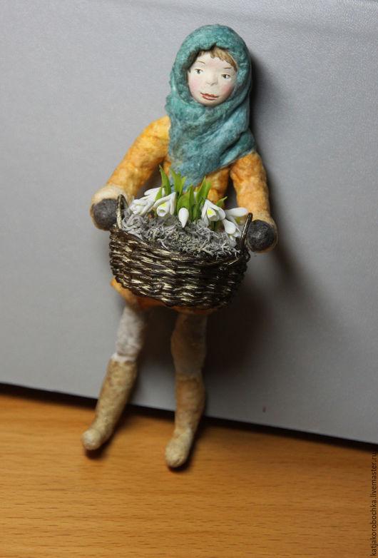 """Коллекционные куклы ручной работы. Ярмарка Мастеров - ручная работа. Купить ватная елочная игрушка """"12 месяцев"""". ПРОДАНА. Handmade."""