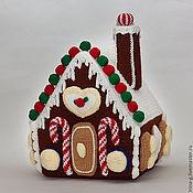 """Подарки к праздникам ручной работы. Ярмарка Мастеров - ручная работа вязаный """" Пряничный домик"""". Handmade."""