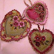 Подарки к праздникам ручной работы. Ярмарка Мастеров - ручная работа Сердечки и валентинки в знак любви. Handmade.