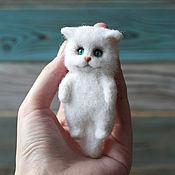 Украшения handmade. Livemaster - original item Cat brooch made of wool. Handmade.