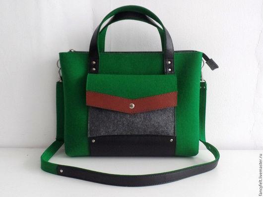 Женские сумки ручной работы. Ярмарка Мастеров - ручная работа. Купить Зеленая сумка-портфель из фетра и натуральной кожи. Handmade.
