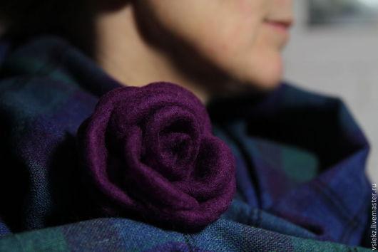 Броши ручной работы. Ярмарка Мастеров - ручная работа. Купить Брошь цветок. Handmade. Тёмно-фиолетовый, подарок на 8 марта