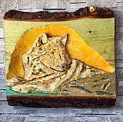 Картины и панно ручной работы. Ярмарка Мастеров - ручная работа Пано Волк Бронь резьба по дереву. Handmade.