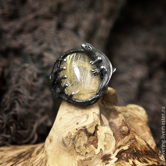 """Кольца ручной работы. Ярмарка Мастеров - ручная работа. Купить Кольцо """"Саурия"""" с кварцем-волосатиком. Handmade. Серебряный, серебряное кольцо"""