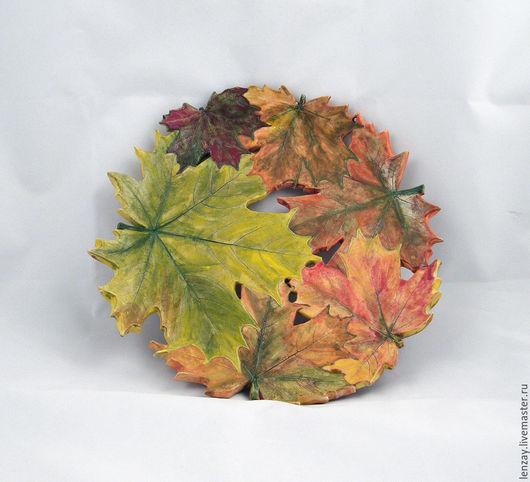 Большая тарелка Осенний клен. Ажурная керамика Елены Зайченко