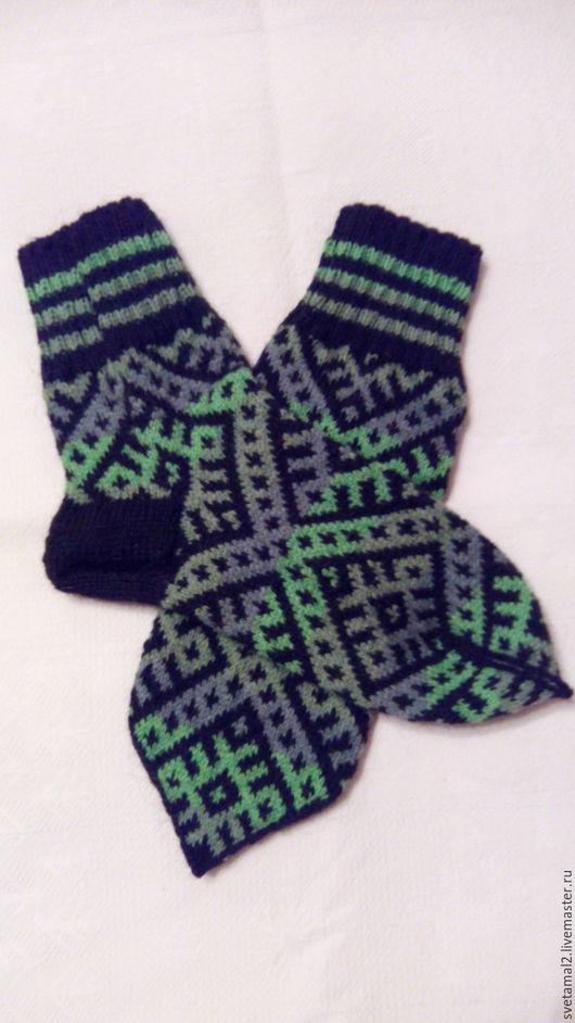Носки, Чулки ручной работы. Ярмарка Мастеров - ручная работа. Купить Носки мужские с северным узором. Handmade. Комбинированный