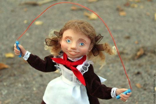 Коллекционные куклы ручной работы. Ярмарка Мастеров - ручная работа. Купить Перемена. Handmade. Школьница, скакалка, текстиль
