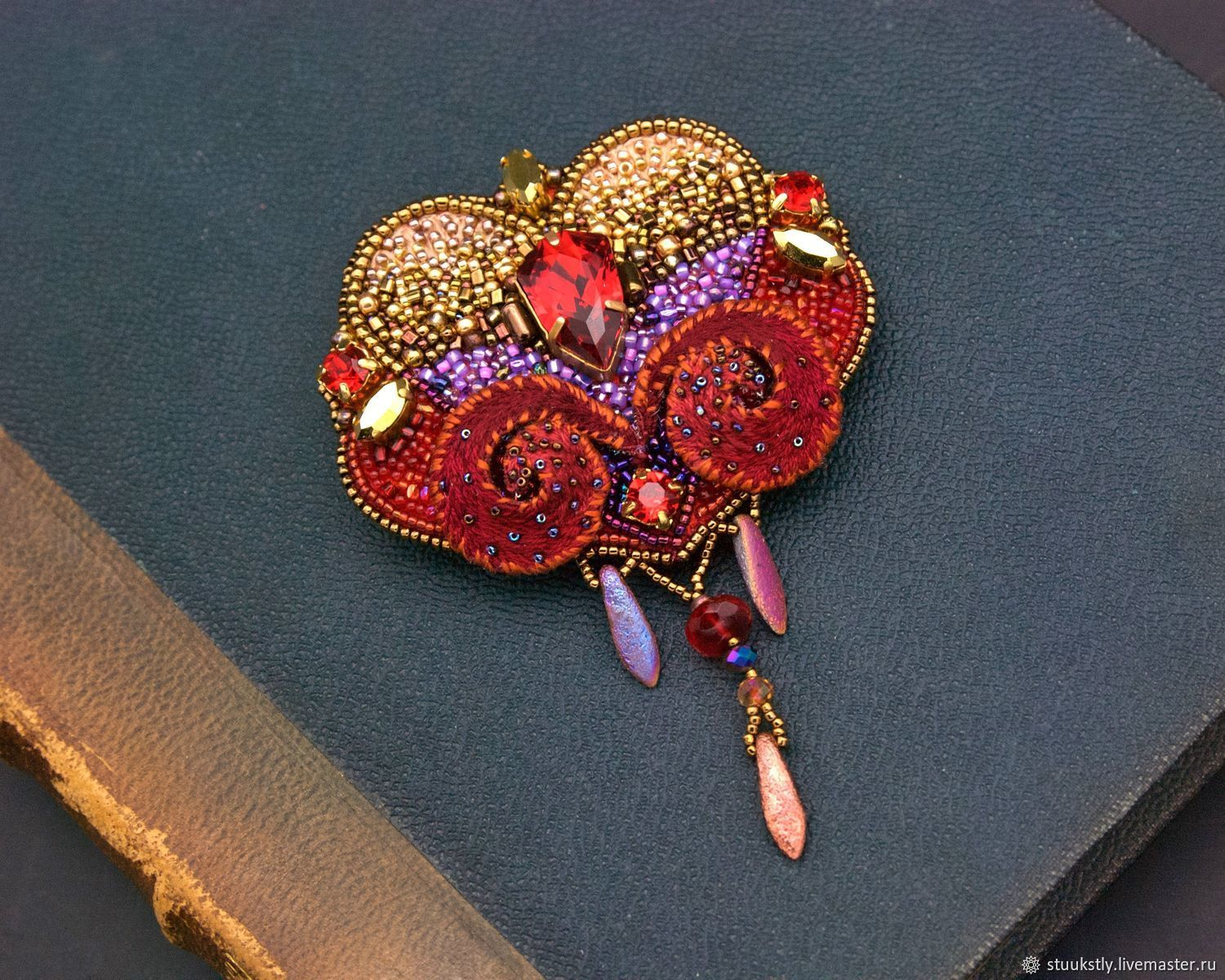Brooch red gold lilac heart embroidered love, Brooches, Moscow,  Фото №1