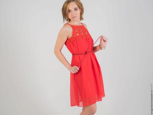 Платья ручной работы. Ярмарка Мастеров - ручная работа. Купить Платье с вязаными крючком вставками. Handmade. Ярко-красный