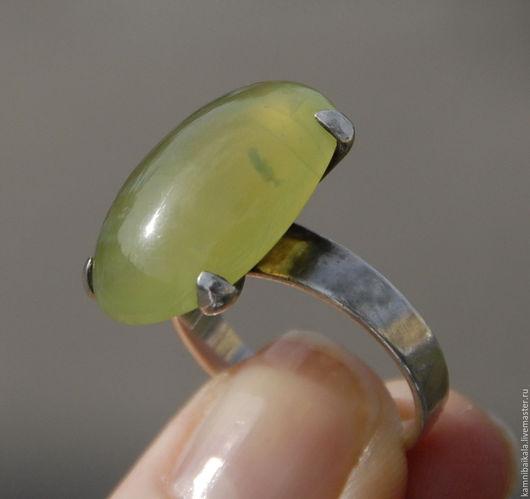 Кольца ручной работы. Ярмарка Мастеров - ручная работа. Купить Кольцо с гроссуляром (С21). Handmade. Лимонный, кольцо с голубым камнем