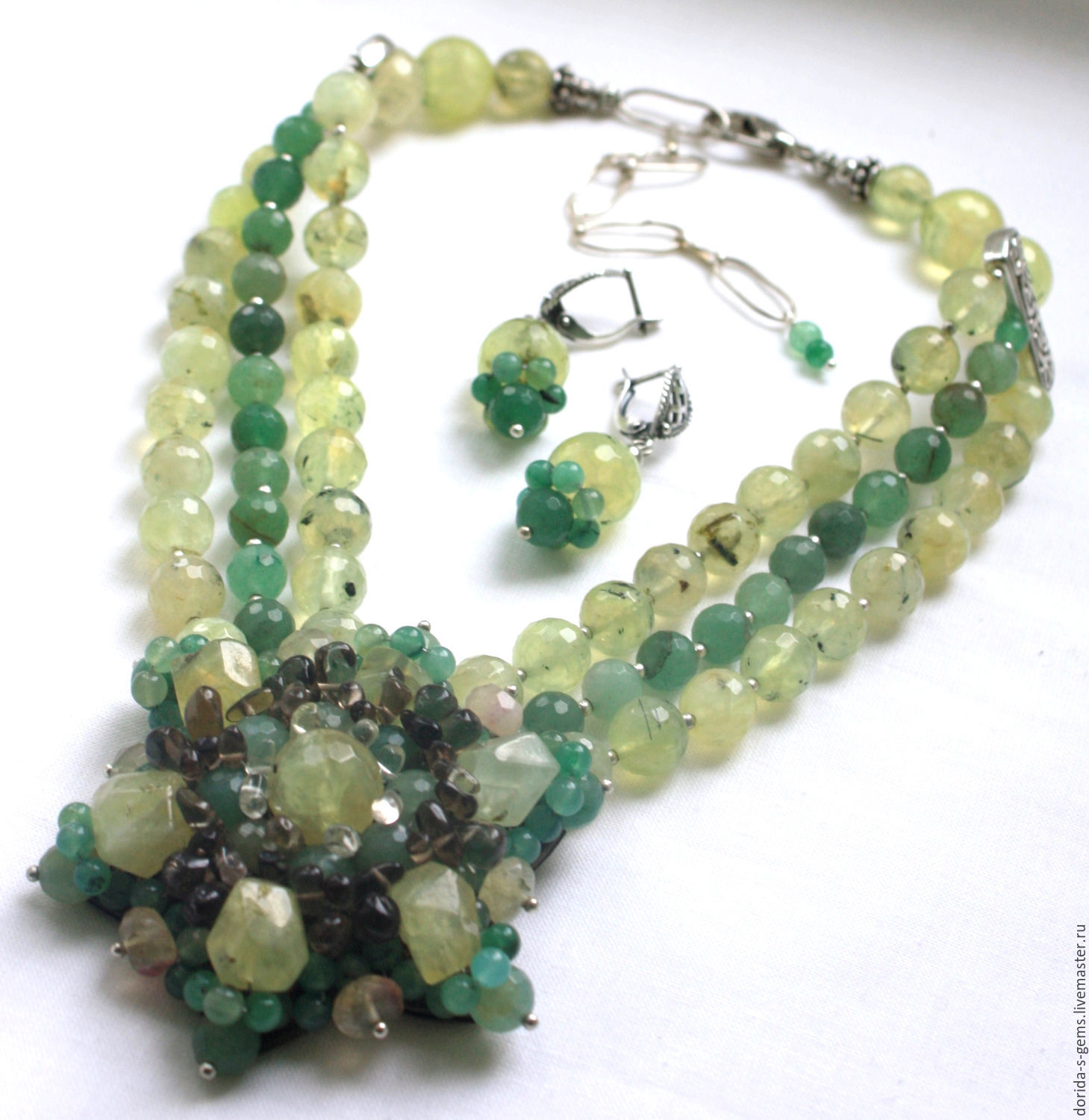 necklace, designer necklace, necklace, necklace on a every day necklace out, the necklace of prehnite necklace, prehnite necklace, with prehnite, necklace for gift, beads of prehnite beads, stones, be