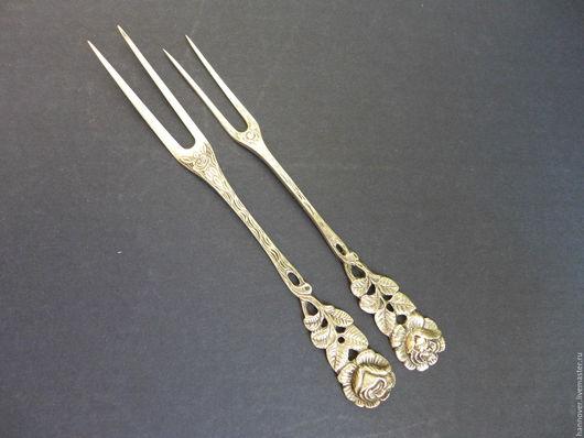 Винтажная посуда. Ярмарка Мастеров - ручная работа. Купить Две старинные серебряные вилки для нарезки немецкого дизайна «Хильдесх. Handmade.