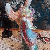 Фарфоравая статуэтка Китаянка в национальном костюме.Старый Китай,50-е