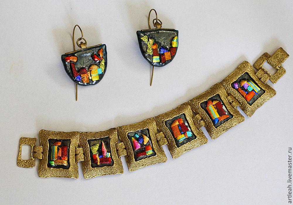 """Браслеты ручной работы. Ярмарка Мастеров - ручная работа. Купить Браслет из латуни с кабошонами из стекла  """"Мой город золотой"""". Handmade."""