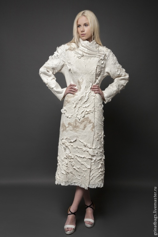 Верхняя одежда ручной работы. Ярмарка Мастеров - ручная работа. Купить Пальто. Handmade. Белый, весенняя мода, атлас-стрейч