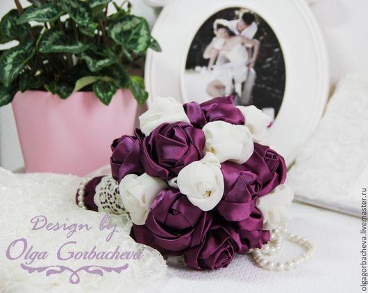 """Свадебные цветы ручной работы. Ярмарка Мастеров - ручная работа. Купить Брошь - букет (букет из шелка) для невесты """"Мое Черничное счастье"""". Handmade."""