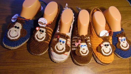 Обувь ручной работы. Ярмарка Мастеров - ручная работа. Купить Тапочки обезьянки. Handmade. Вязаная обувь, подарок