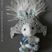Куклы и игрушки ручной работы. Ярмарка Мастеров - ручная работа Продаётся боевой заЯц Иней. Handmade.