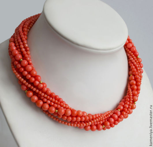 Колье, бусы ручной работы. Ярмарка Мастеров - ручная работа. Купить Многорядное ожерелье из лососевого коралла. Handmade. Коралловый