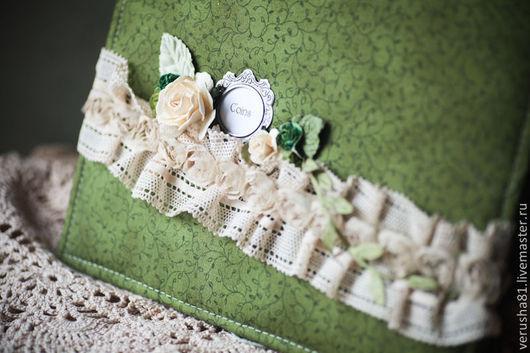 """Персональные подарки ручной работы. Ярмарка Мастеров - ручная работа. Купить Альбом для монет """"Дамский"""". Handmade. Зеленый, подарок нумизмату"""
