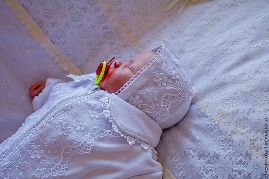 Для новорожденных, ручной работы. Ярмарка Мастеров - ручная работа. Купить Комбинезон-конверт  и чепчик на выписку  для новорожденного. Handmade. Белый
