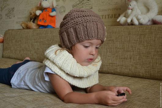 Шапки и шарфы ручной работы. Ярмарка Мастеров - ручная работа. Купить Комплект шапочка+снуд. Handmade. Коричневый, шапка вязаная