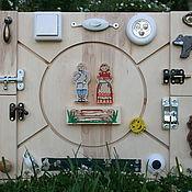Куклы и игрушки ручной работы. Ярмарка Мастеров - ручная работа Бизиборд развивающая доска Монтессори Колобок. Handmade.
