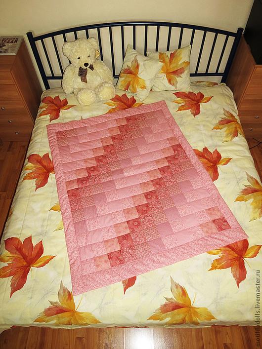 Пледы и одеяла ручной работы. Ярмарка Мастеров - ручная работа. Купить Лоскутное одеяло для маленькой принцессы.. Handmade. Розовый