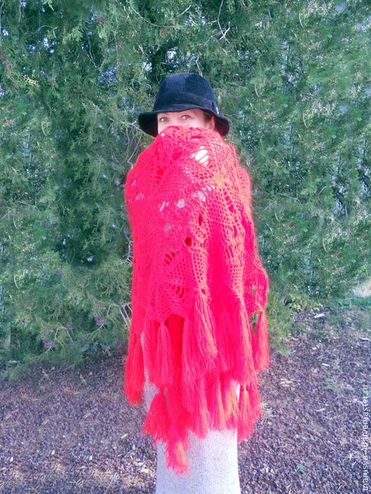 """Шали, палантины ручной работы. Ярмарка Мастеров - ручная работа. Купить Шаль """"Огненный цветок"""". Handmade. Ярко-красный, шаль"""