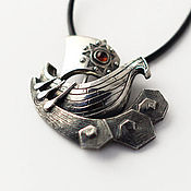 Украшения ручной работы. Ярмарка Мастеров - ручная работа кулон из серебра с гранатом Ладья. Handmade.