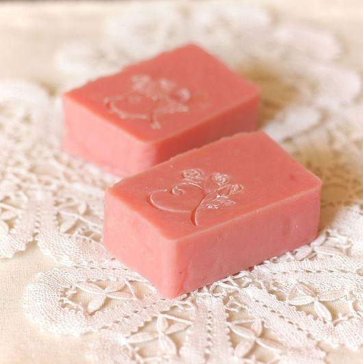 """Мыло ручной работы. Ярмарка Мастеров - ручная работа. Купить Натуральное шелковое мыло с цветочно-цитрусовым ароматом """"Розовое"""". Handmade."""