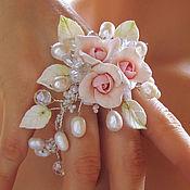 Украшения ручной работы. Ярмарка Мастеров - ручная работа Свадебный браслет с букетом роз. Handmade.
