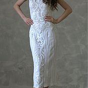 Белое платье вышитое пайетками