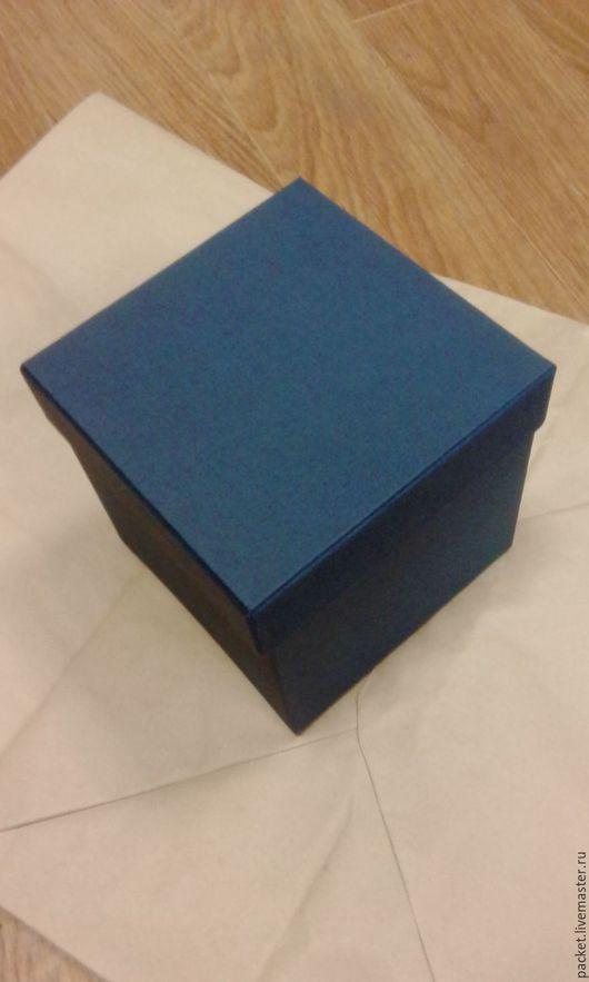 Коробочка ручной работы из переплётного картона и дизайнерской бумаги.