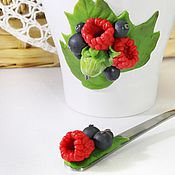 Посуда ручной работы. Ярмарка Мастеров - ручная работа Кружка с ложечкой Садовые ягоды. Handmade.