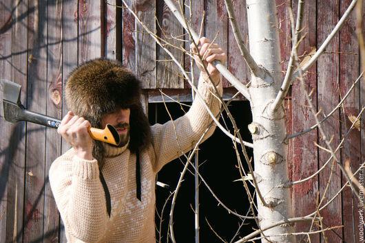 Вязаный свитер бежевый  ручной работы бежевый свитер свитер из двух цветов  подарок для мужчины  для женщины из натуральной шерсти  для отдыха  воротник – гольф  подарок на любой случай   WW