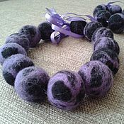 Бусы и браслет из шерсти Фиолет