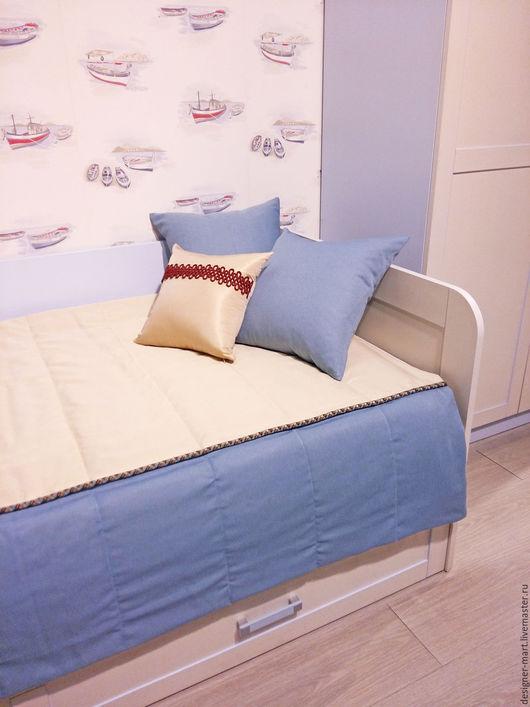 Текстиль, ковры ручной работы. Ярмарка Мастеров - ручная работа. Купить Покрывало бежево-синее с декоративными подушками. Handmade. Голубой
