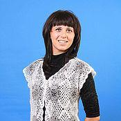 Одежда ручной работы. Ярмарка Мастеров - ручная работа 16- жилет пуховый двухцветный , вязаный крючком ,одежда. Handmade.