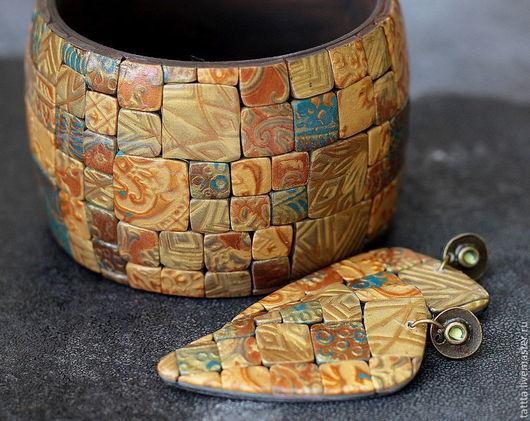 Комплекты украшений ручной работы. Ярмарка Мастеров - ручная работа. Купить серьги и браслет из полимерной глины золотые мотивы. Handmade.