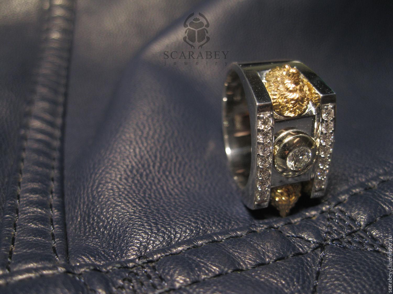 Мужские золотые перстни печатки кольца с изумрудами